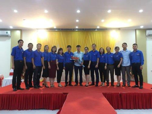 Cụm đồng bằng chia tay đồng chí Phan Thanh Dũng - Bí thư Huyện đoàn Thọ Xuân chuyển công tác mới.jpg