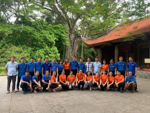 Cụm đồng bằng thăm quan và dâng hương Khu di tích lịch sử Lam Kinh.jpg